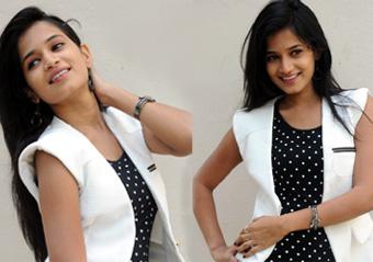 Actress Anwika Stills-Actress Anwika Stills--Telugu Actress Hot Photos Actress Anwika Stills---