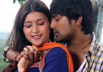 Naatho Vasthava Movie Stills-Naatho Vasthava Movie Stills---