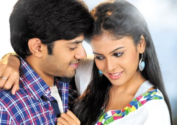 Kiraak Movie Stills...