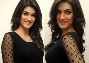 Kriti Sanon Latest Stills-Kriti Sanon Latest Stills--Telugu Actress Hot Photos Kriti Sanon Latest Stills---