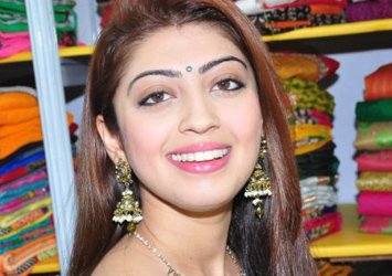 Pranitha Latest Stills-Pranitha Latest Stills---