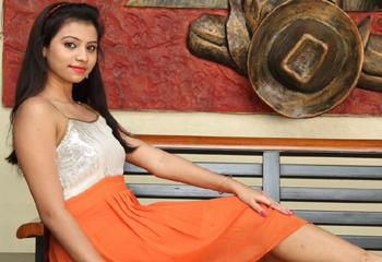 Priyanka Latest hot Stills Photo Image Pic