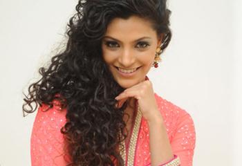 Saiyami Kher New Stills-Saiyami Kher New Stills--Telugu Actress Hot Photos Saiyami Kher New Stills---
