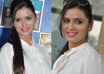 Meenakshi Dixit New Stills-Meenakshi Dixit New Stills---