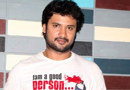 Sathish-,,Actor Sateesh Himaja Serial Name,Telugu Serial Actor Satish Marriage Photos