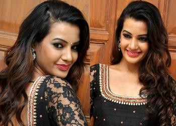 Deeksha Panth Stills