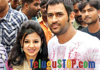 MS Dhoni's Wife Expecting A Baby- Telugu