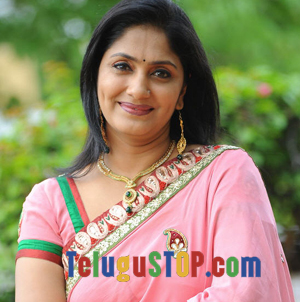Director prefers Jhansi over Suma Photo Image Pic