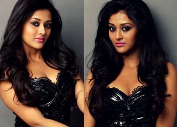 Pooja Jhaveri  Stills