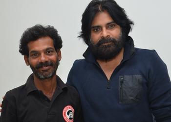 Pawan Fan Ravi Meets Pawan Kalyan Photo Image Pic