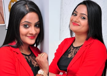 Actress Elli Stills