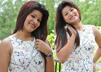 Veena Stills