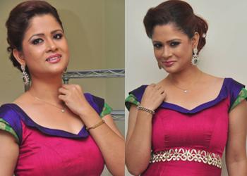 Shilpa Chakravarthy Stills-Shilpa Chakravarthy Stills--Telugu Actress Hot Photos Shilpa Chakravarthy Stills---