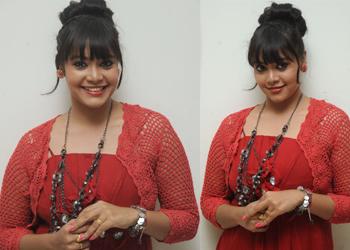 Anusha Stills