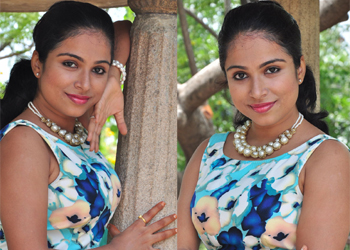 Vrushali Gosavi Latest Stils