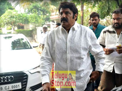 Balayya gets court notices Photo Image Pic