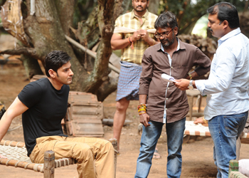 Srimanthudu Movie Working Stils