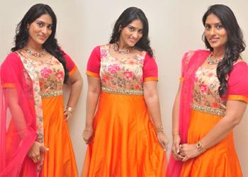 Sri Sudha Latest Pics- Telugu
