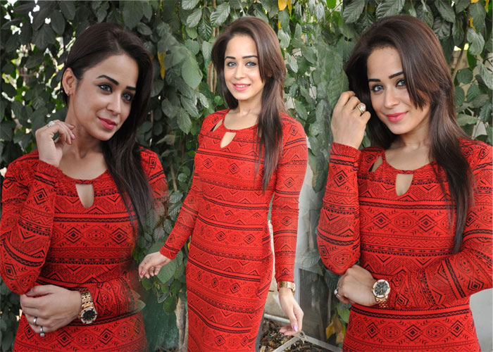Manesha Chatarji Stills