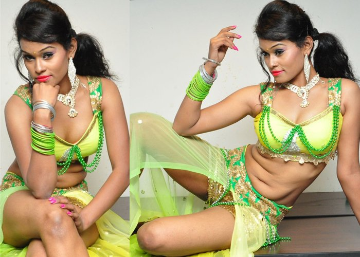 Nisha Spicy Stills Photo Image Pic