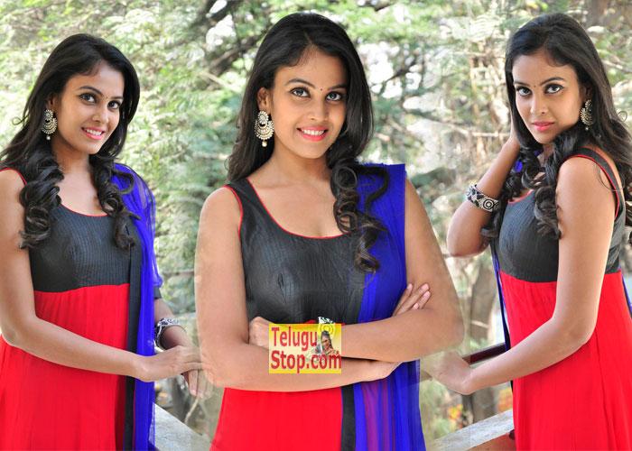 Chandini Latest Stills-Chandini Latest Stills---