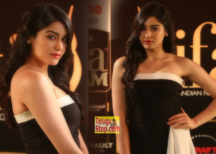 Adah Sharma At IIFA Utsavam 2016