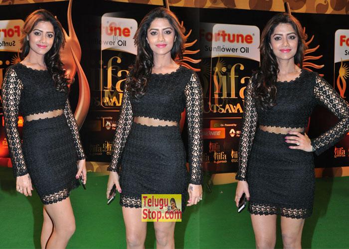 Mamta MohanDas Stills-Mamta Mohandas Stills--Telugu Actress Hot Photos Mamta Mohandas Stills---