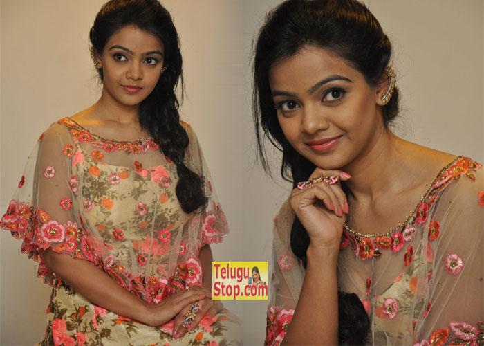 Nithya Shetty Pics