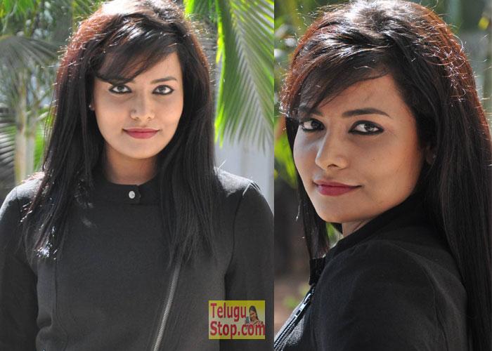 Tanuja Naidu Stills