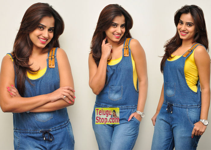 Dimple Chopade New Stills