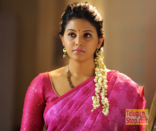 Andhra Beauty Hoping An Award
