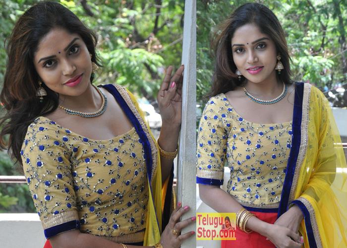 Karunya Chowdary Latest Pics