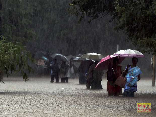 Heavy rains likely to continue today in Chennai