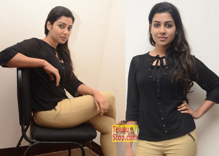 Satna Titus New Stills