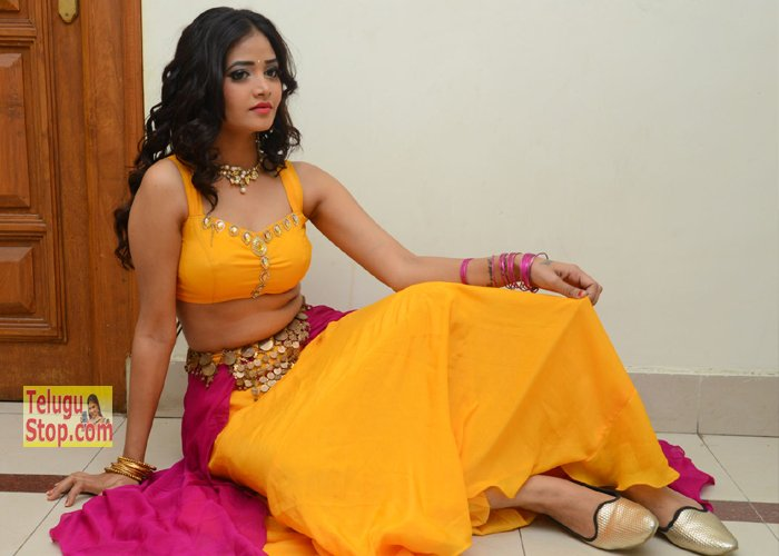Shreya Vyas Hot Stills