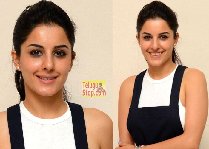 Isha Talwar New Stills-Isha Talwar New Stills--Telugu Actress Hot Photos Isha Talwar New Stills---