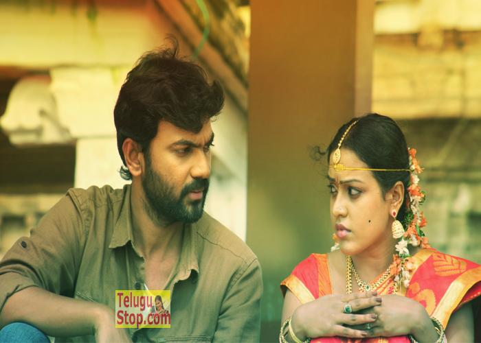 Aavu Puli Madyalo Prabas Pelli Movie Stills-Aavu Puli Madyalo Prabas Pelli Movie Stills---