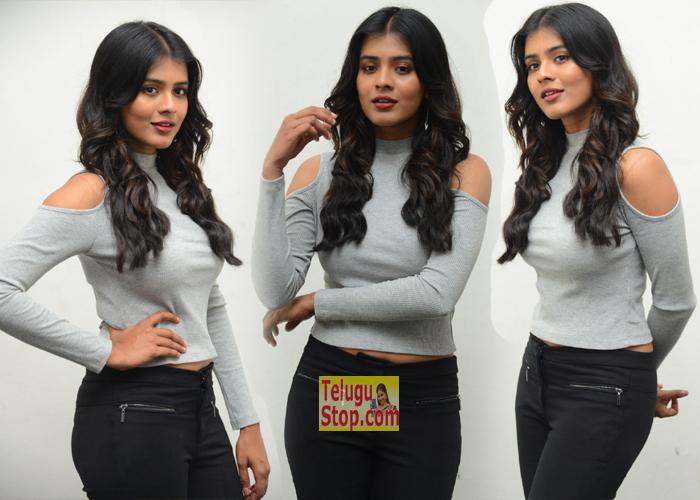 Hebah Patel New Pics