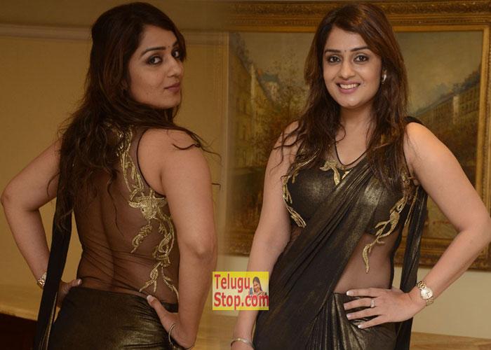 Nikita Thukral New Pics