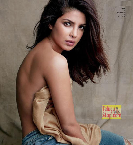 Top actress goes topless for a magazine