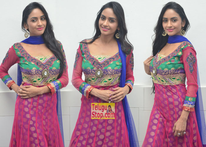 Pooja Sri New Stills