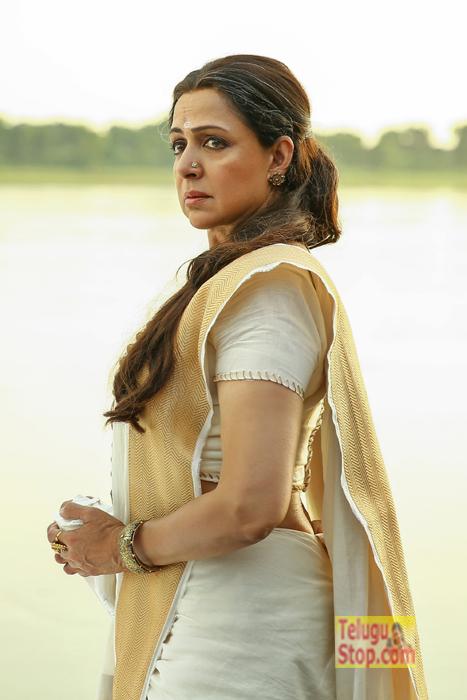 Gautamiputra Satakarni Mother Gautami Balasri First Look