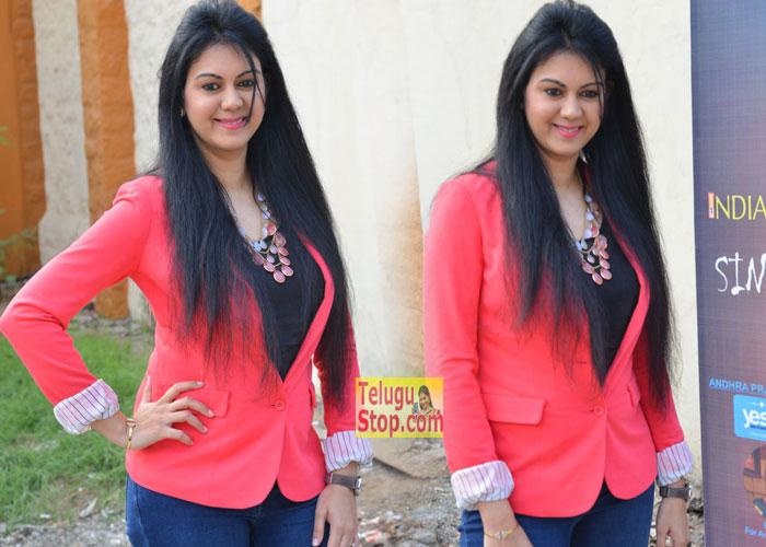 Kamna Jethmalani Stills-Kamna Jethmalani Stills--Telugu Actress Hot Photos Kamna Jethmalani Stills---
