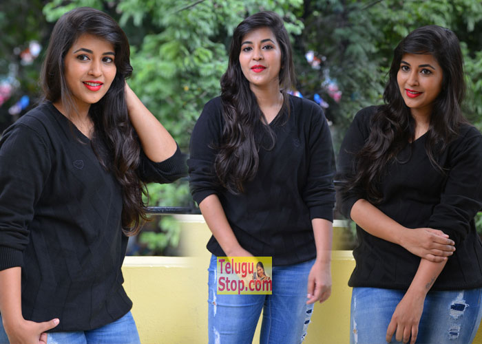 Komali Photo Gallery