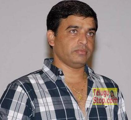 Producer Dil Raju,Sathamanam Bhavathi Release,sharwanand,దిల్ రాజు అందుకే ధైర్యం చేస్తున్నాడా..! Photo,Image,Pics-