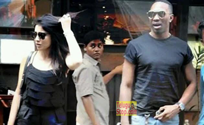 Dwayne Bravo Shriya Saran And Dating Each Other Photo,Image,Pics-