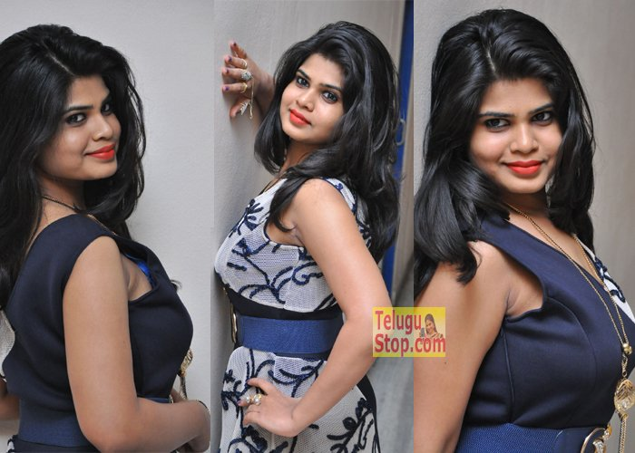 Alekhya Reddy At One Plus Movie Audio Heroine Photos Hot Gallery Download Online HD Quality