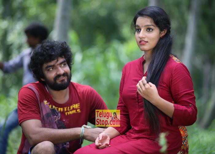 Ammayilanthe Adho Type Film Photos Movie Gopi Ranga Malavika Menen Sivaji Raja Download Online HD Quality
