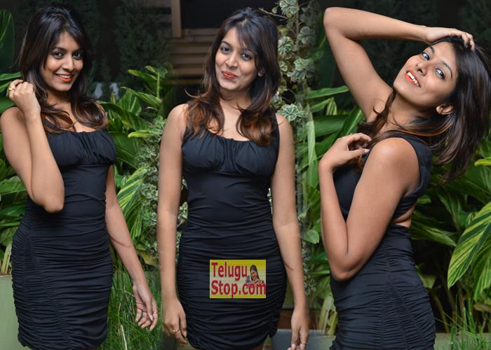 Kavya Kumar New Stills-Kavya Kumar New Stills---