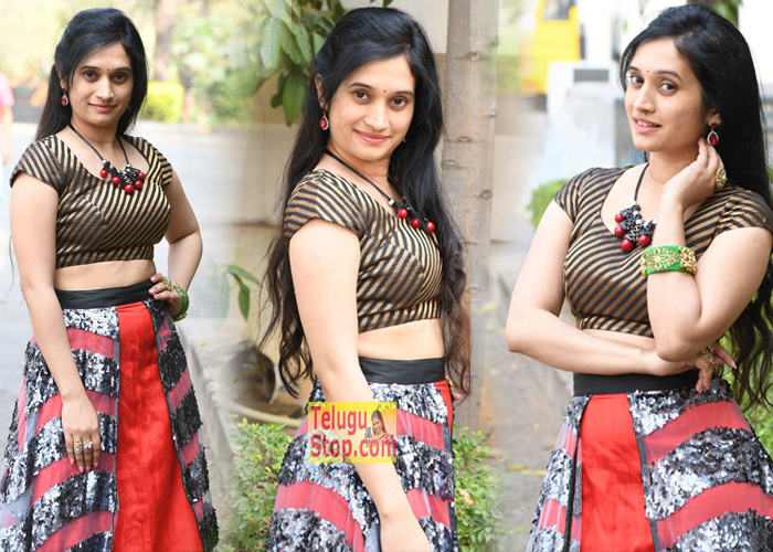 Priyanka Pallavi New Stills-Priyanka Pallavi New Stills---